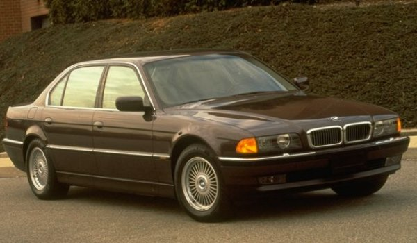 Ford Lincoln Of Franklin >> BMW 735 - Information and photos - MOMENTcar