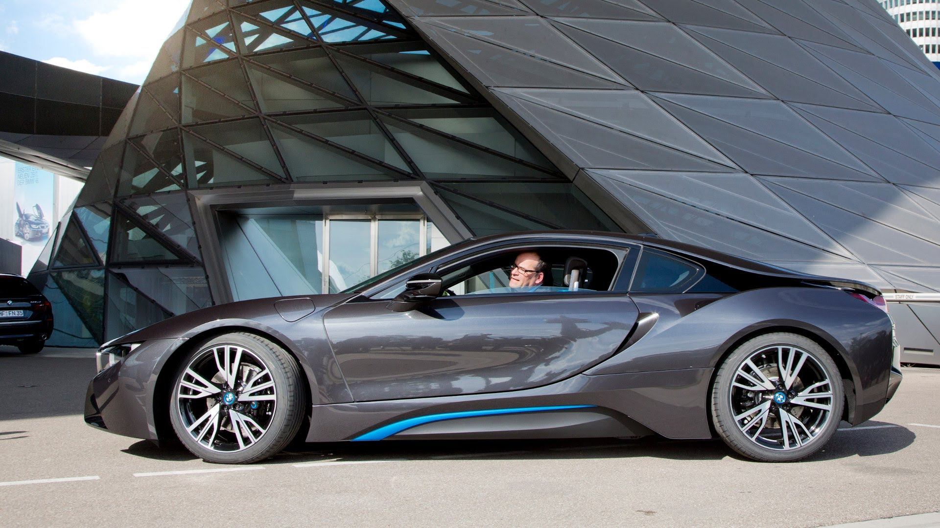 Bmw I8 Information And Photos Momentcar