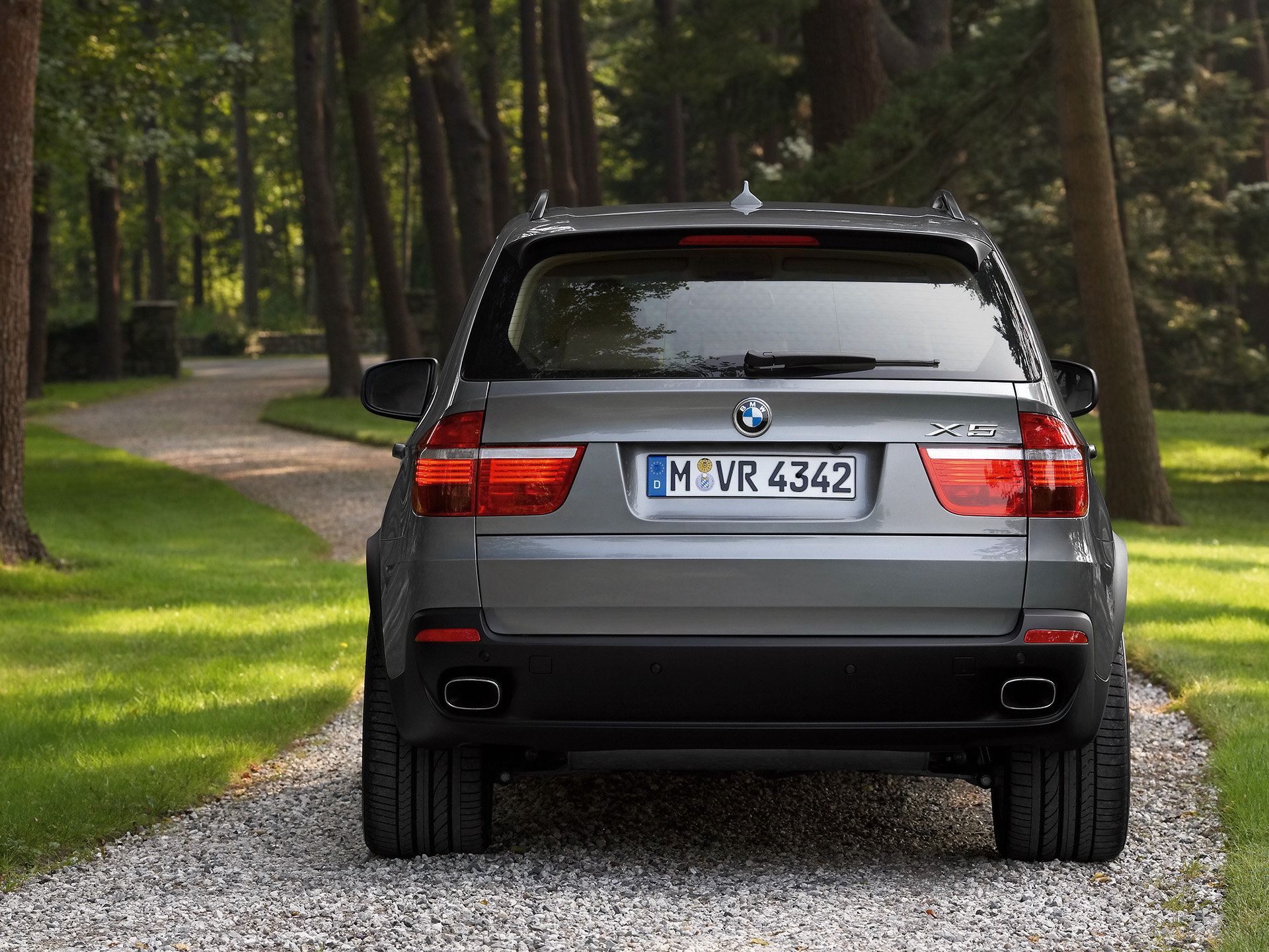 2007 bmw x5 information and photos momentcar. Black Bedroom Furniture Sets. Home Design Ideas
