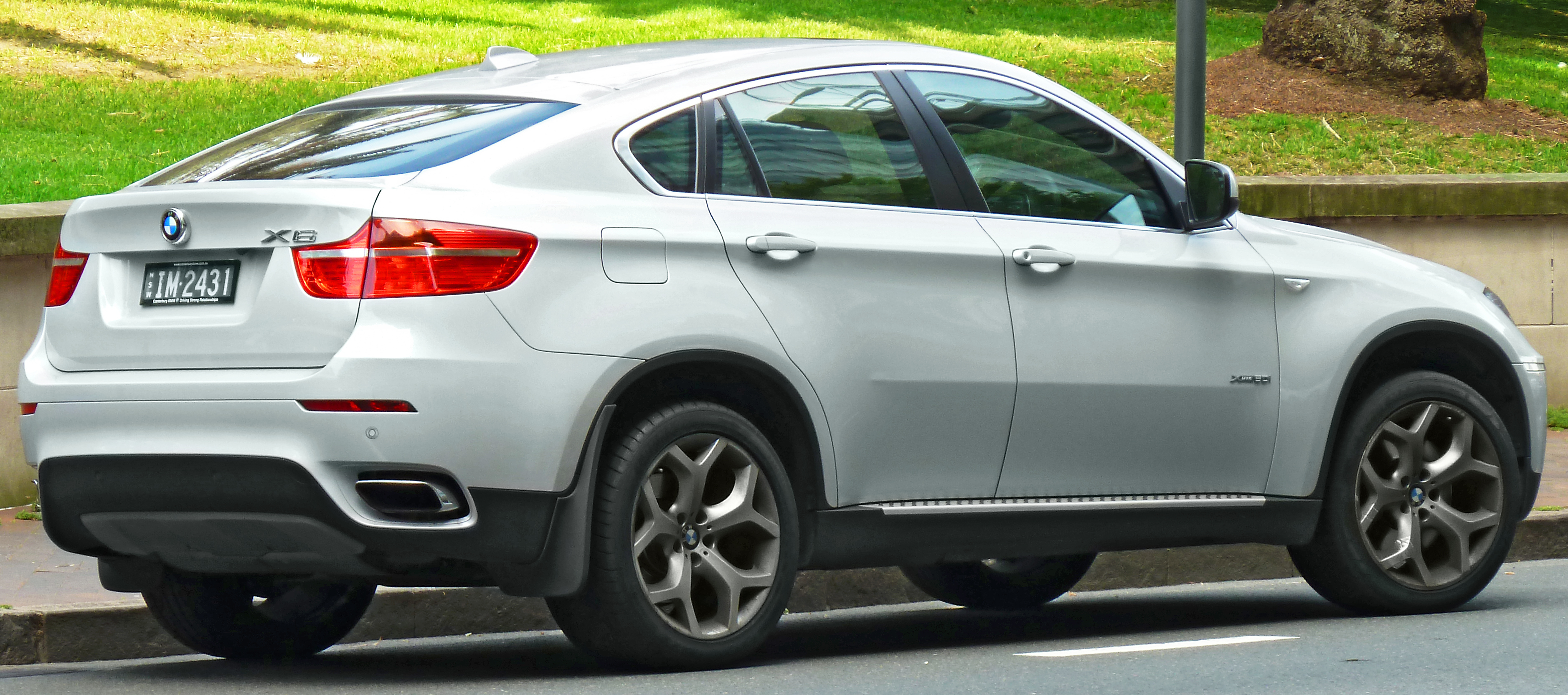 Image Gallery 2011 Bmw X6