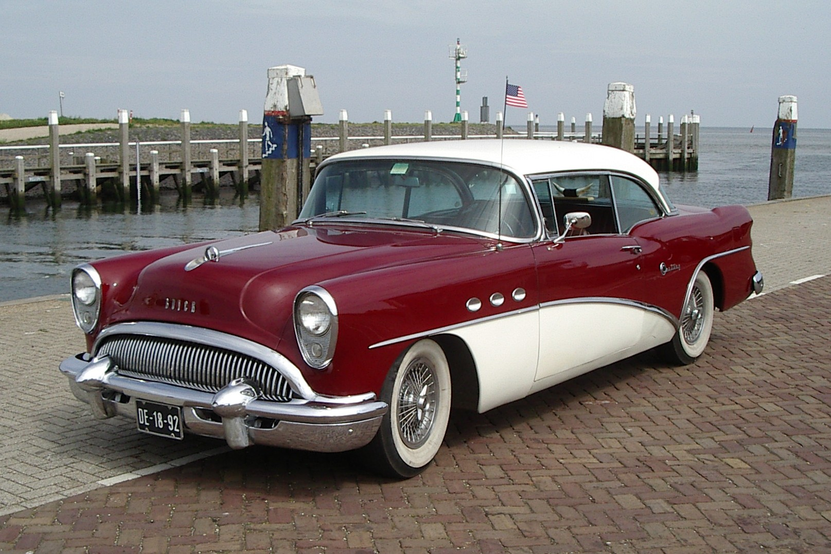 Chevrolet Latest Models >> 1954 Buick Century - Information and photos - MOMENTcar