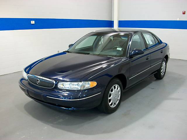 2005 Buick Century - Information and photos - MOMENTcar