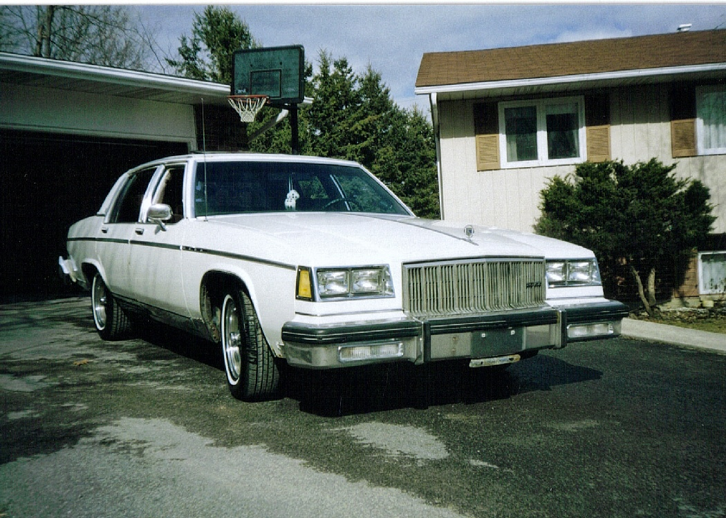 Filename buick park avenue 1982 9 jpg