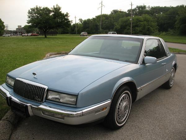 Buick Riviera on 1972 Buick Lesabre