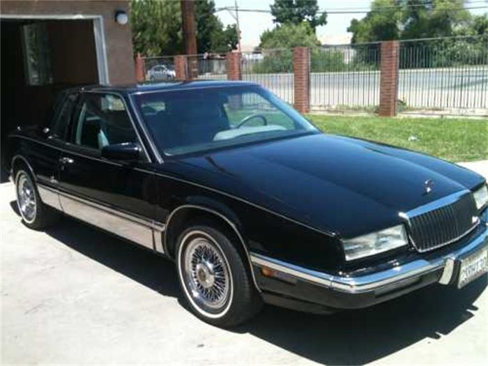 Buick Riviera on 1979 Buick Lesabre