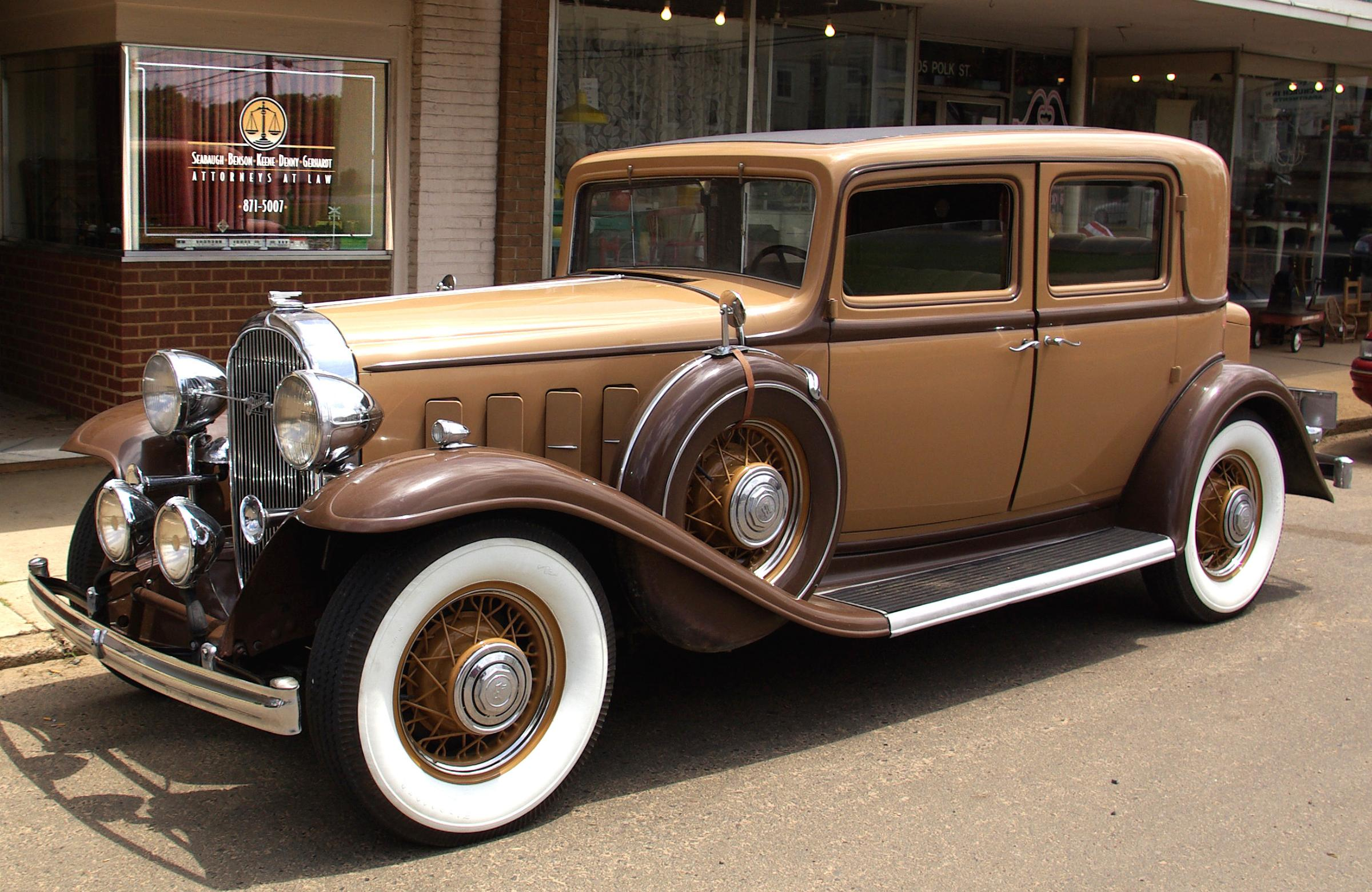 Buick Series 90 1932 #7