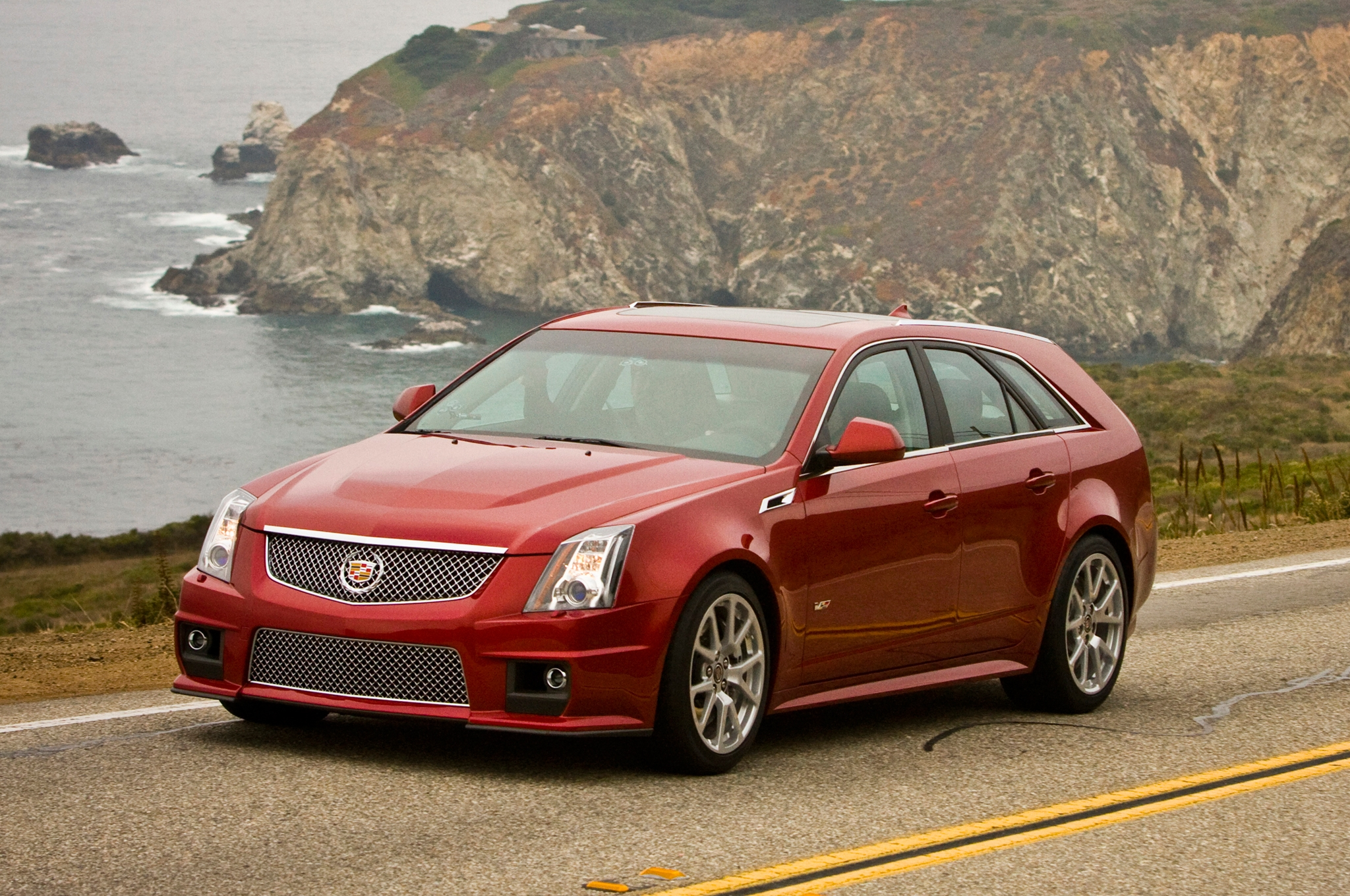 cadillac cts wagon information and photos momentcar. Black Bedroom Furniture Sets. Home Design Ideas