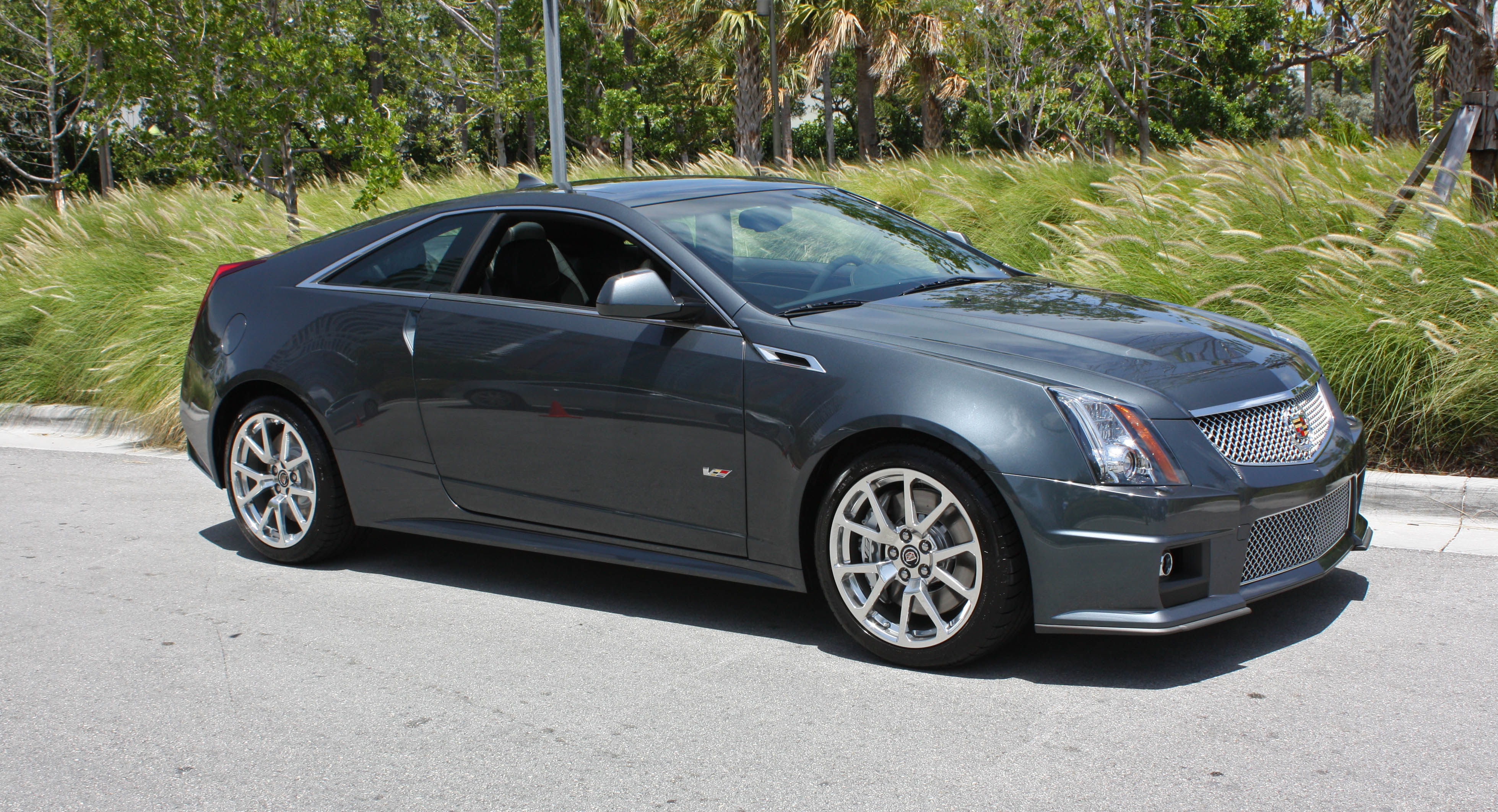 2011 cadillac cts v coupe information and photos momentcar. Black Bedroom Furniture Sets. Home Design Ideas