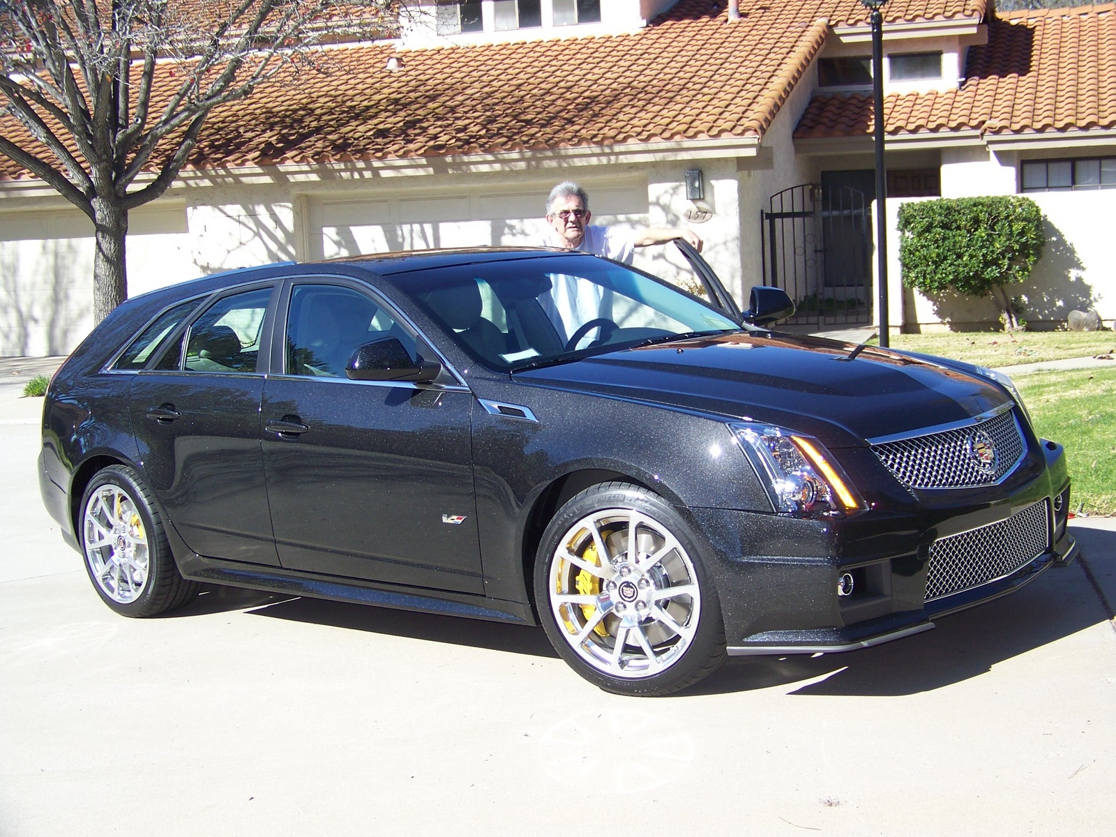 2012 cadillac cts v wagon information and photos momentcar. Black Bedroom Furniture Sets. Home Design Ideas