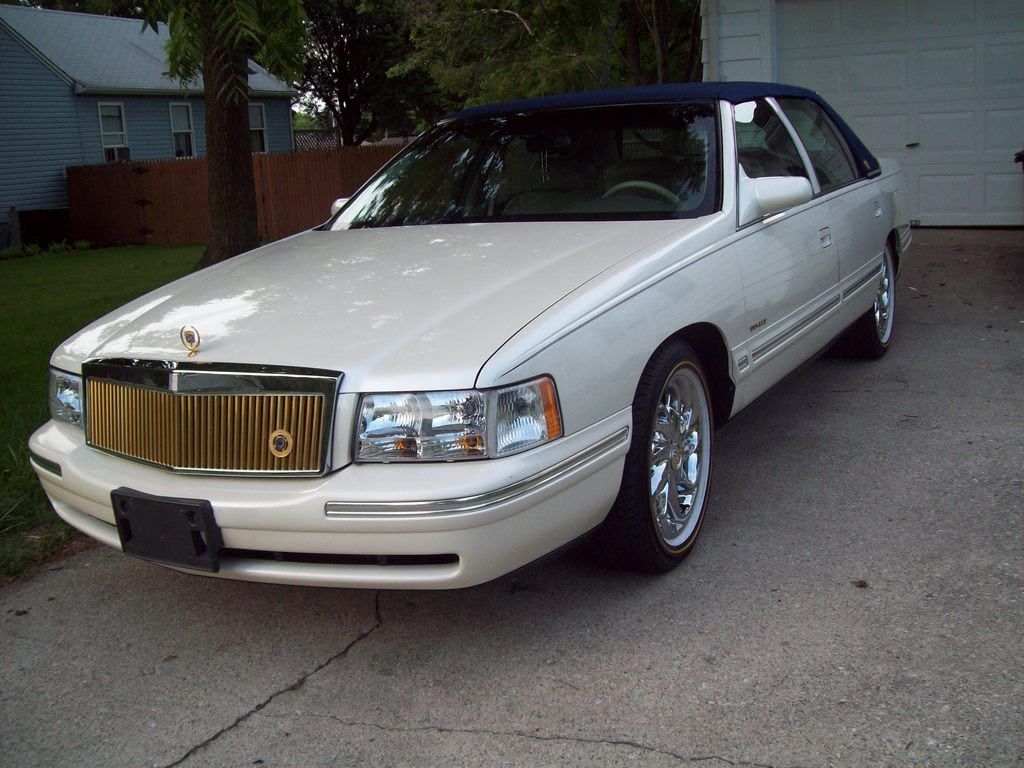1998 Cadillac Deville Information And Photos Momentcar