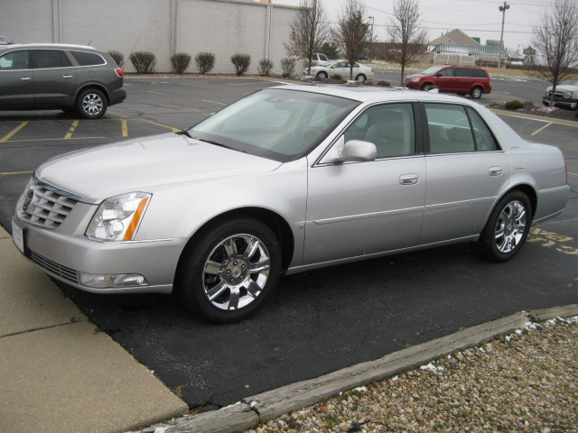 mi in lansing premium k cadillac o dts collection sedan veh