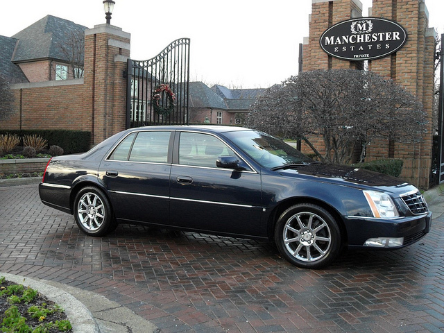 Cadillac DTS Performance #5