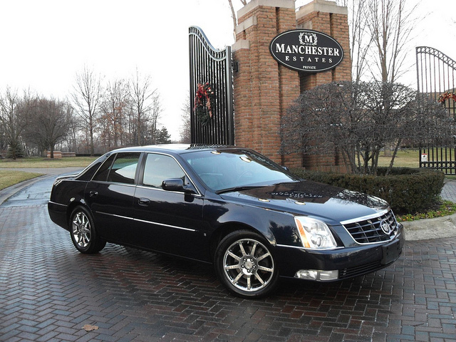 Cadillac DTS Performance #6