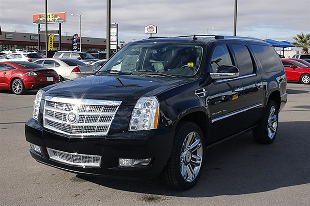 2014 Cadillac Escalade ESV   Information and photos   MOMENTcar