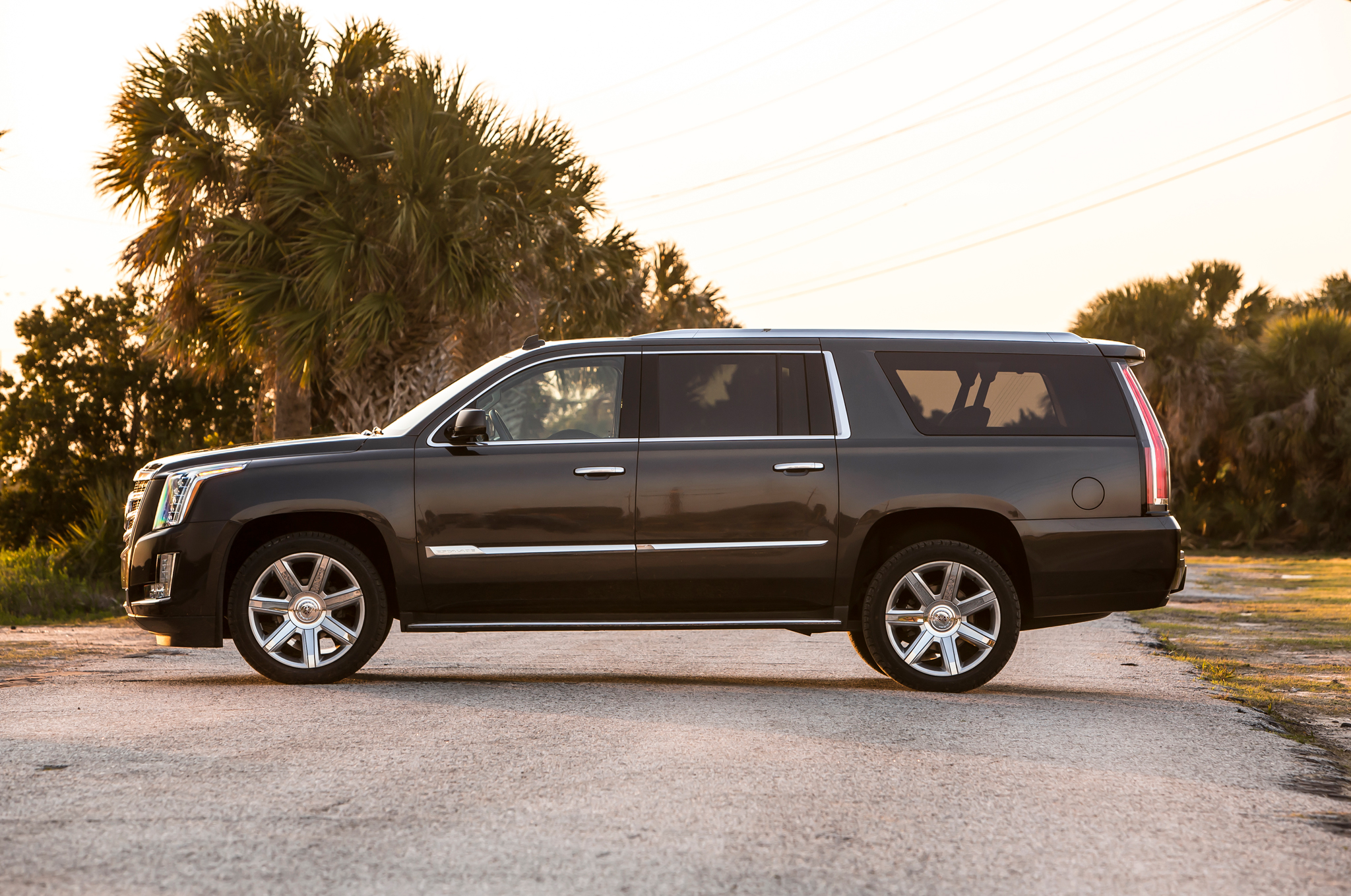 2015 escalade esv 2 cadillac escalade esv 2015 3 cadillac escalade esv. Cars Review. Best American Auto & Cars Review