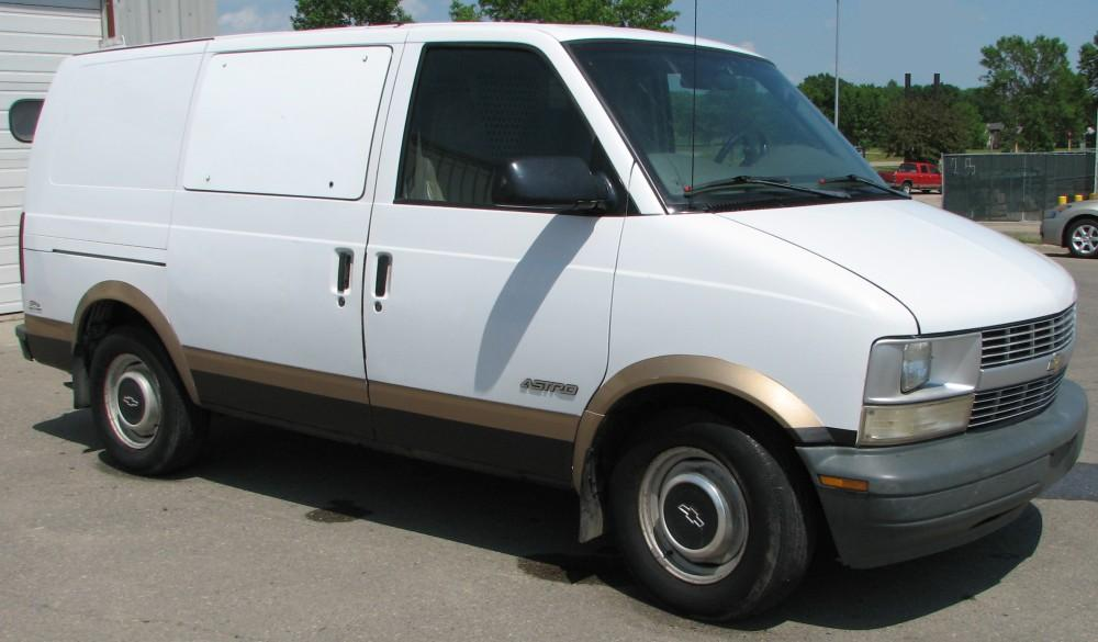 1998 Chevrolet Astro Passenger  Pricing Ratings