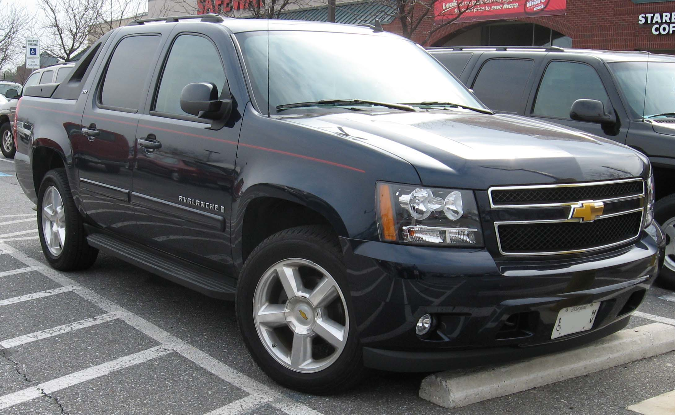 Chevrolet Avalanche Wikipedia >> 2010 Chevrolet Avalanche - Information and photos - MOMENTcar