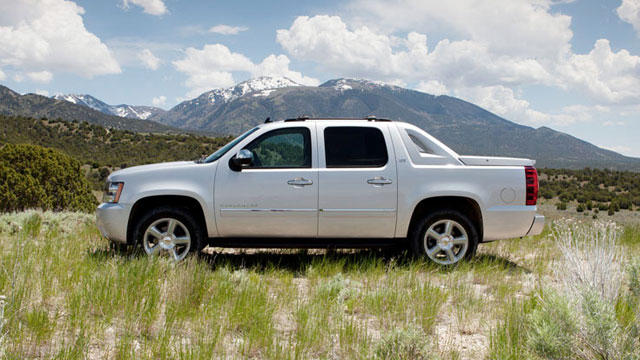 2012 Chevrolet Avalanche specs – OneGrandCars