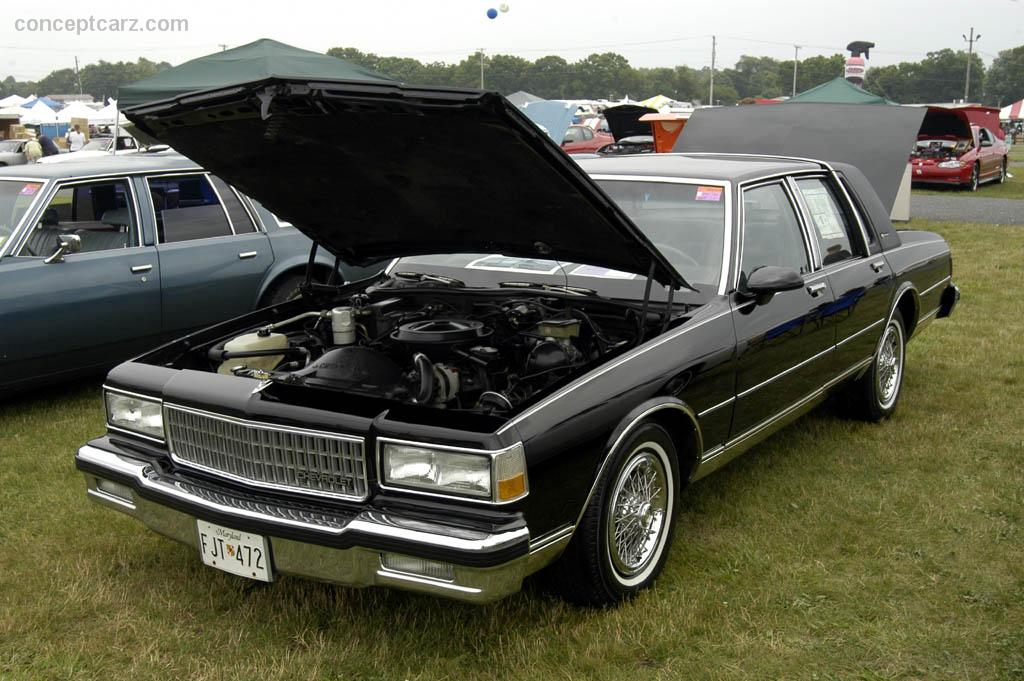 Chevrolet Caprice - Information and photos - MOMENTcar