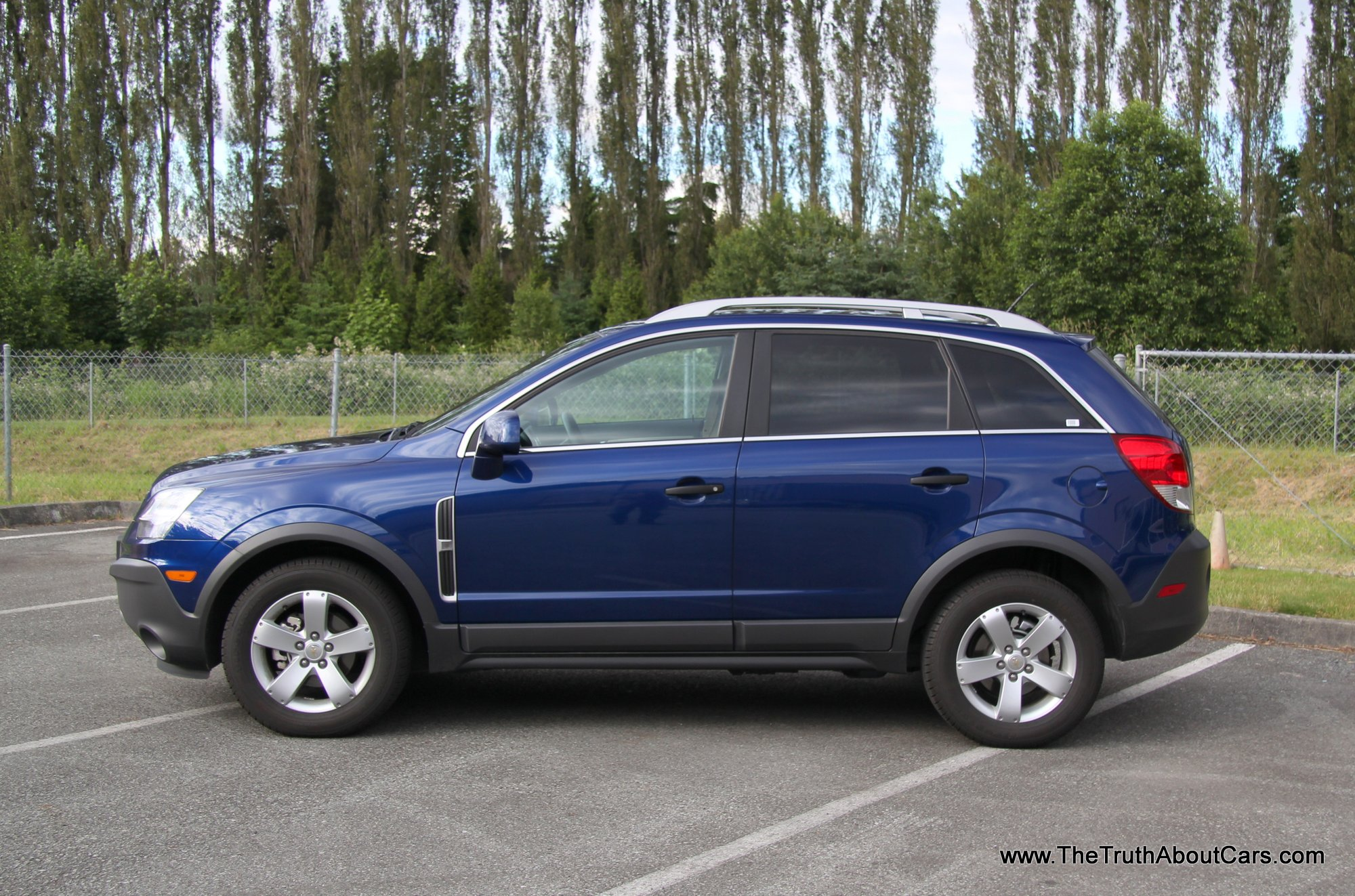 Chevrolet Captiva Sport Information And Photos Momentcar