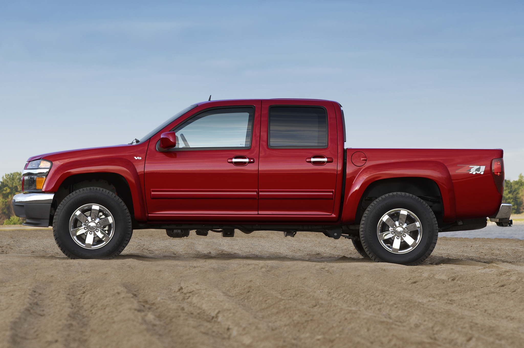 Chevrolet Colorado 2LT #24