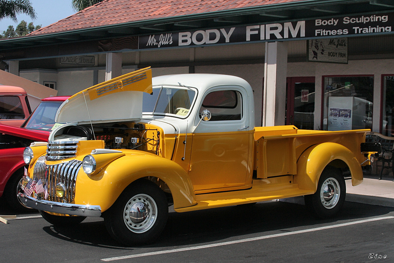 1942 Chevrolet Coupe Pickup - Information and photos - MOMENTcar