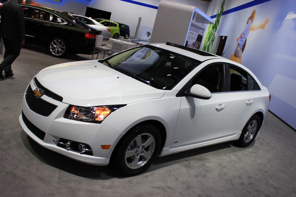 2014 chevrolet cruze information and photos momentcar. Black Bedroom Furniture Sets. Home Design Ideas