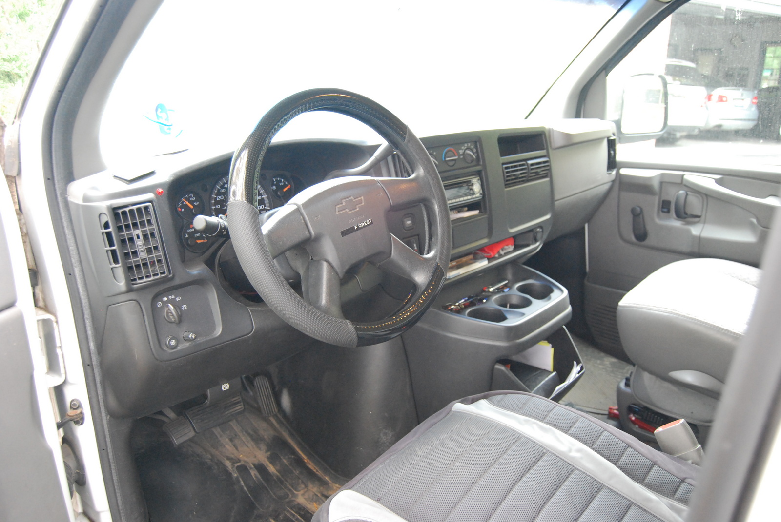 All Chevy 2003 chevy express van : 2003 Chevrolet Express - Information and photos - MOMENTcar