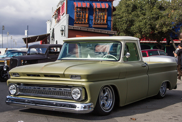 Chevrolet pickup 222px image 9