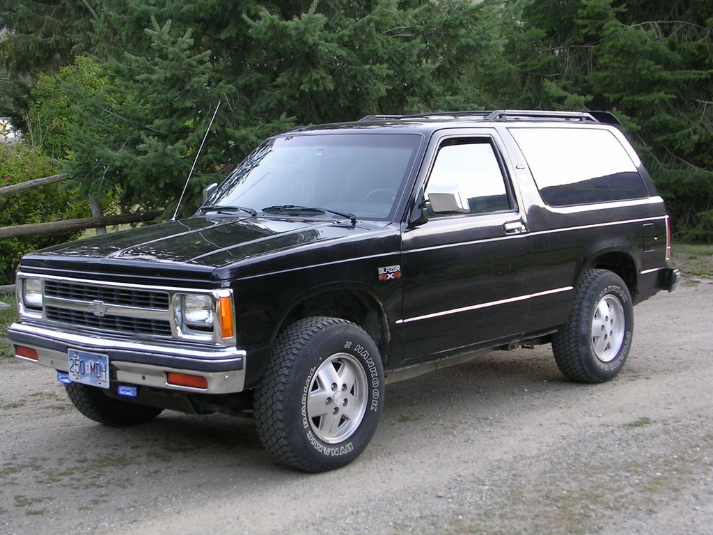 chevrolet s10 blazer information and photos momentcar