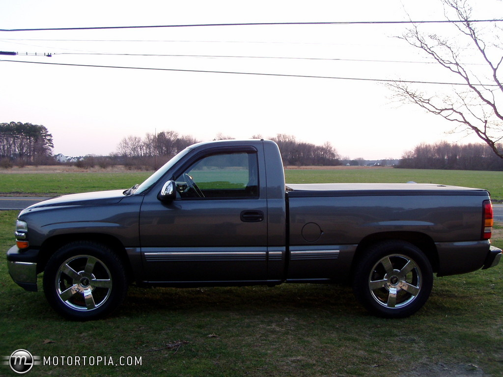 2002 Chevrolet Silverado 1500 - Information and photos - MOMENTcar