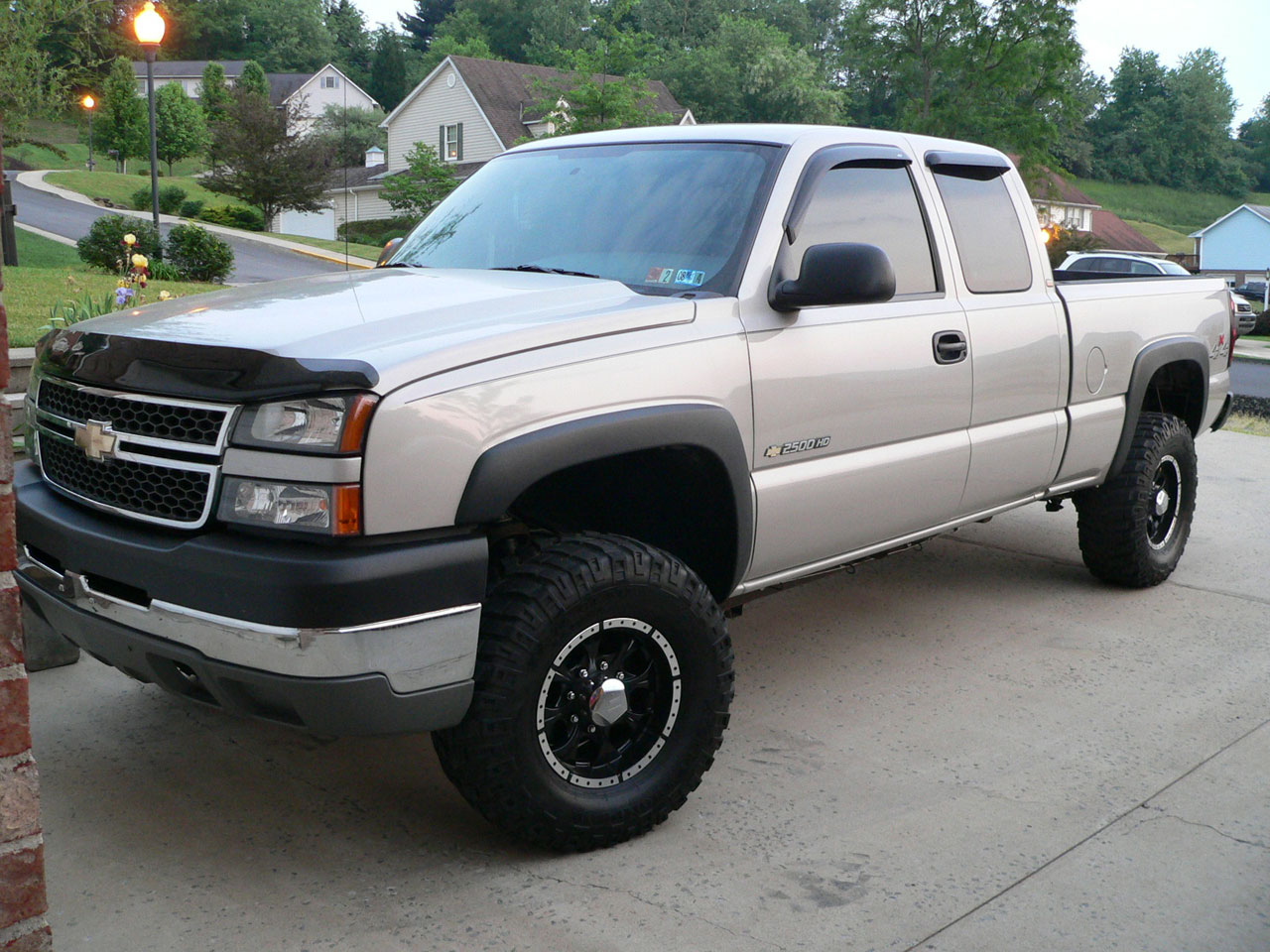 Silverado 1994 chevy silverado 2500 specs : Chevrolet Silverado 2500HD - Information and photos - MOMENTcar