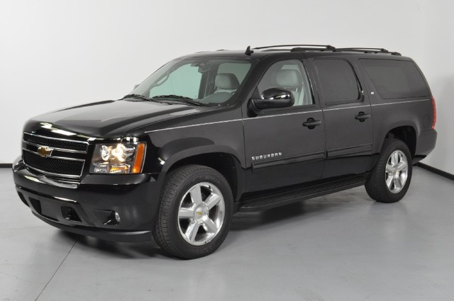 2011 chevrolet suburban information and photos momentcar. Black Bedroom Furniture Sets. Home Design Ideas