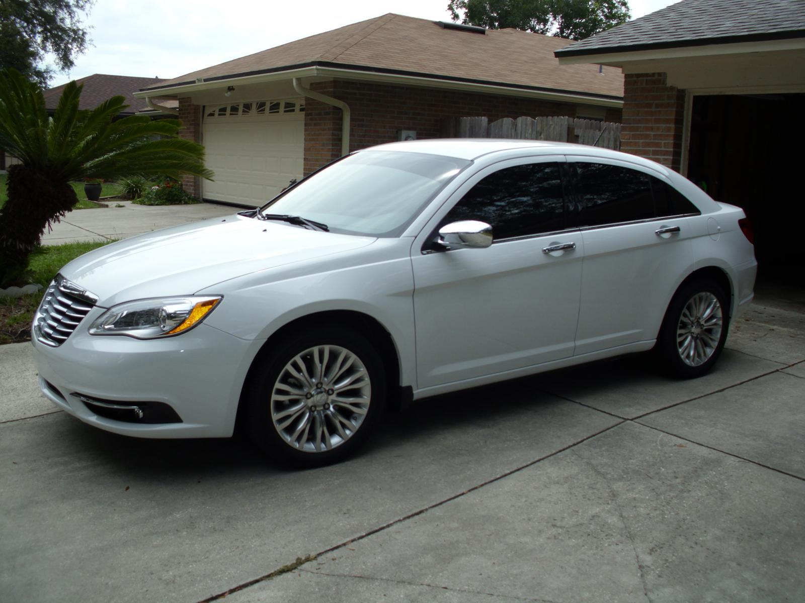 Chrysler 200 Information And Photos Momentcar 2015 Tinted Windows Limited 18