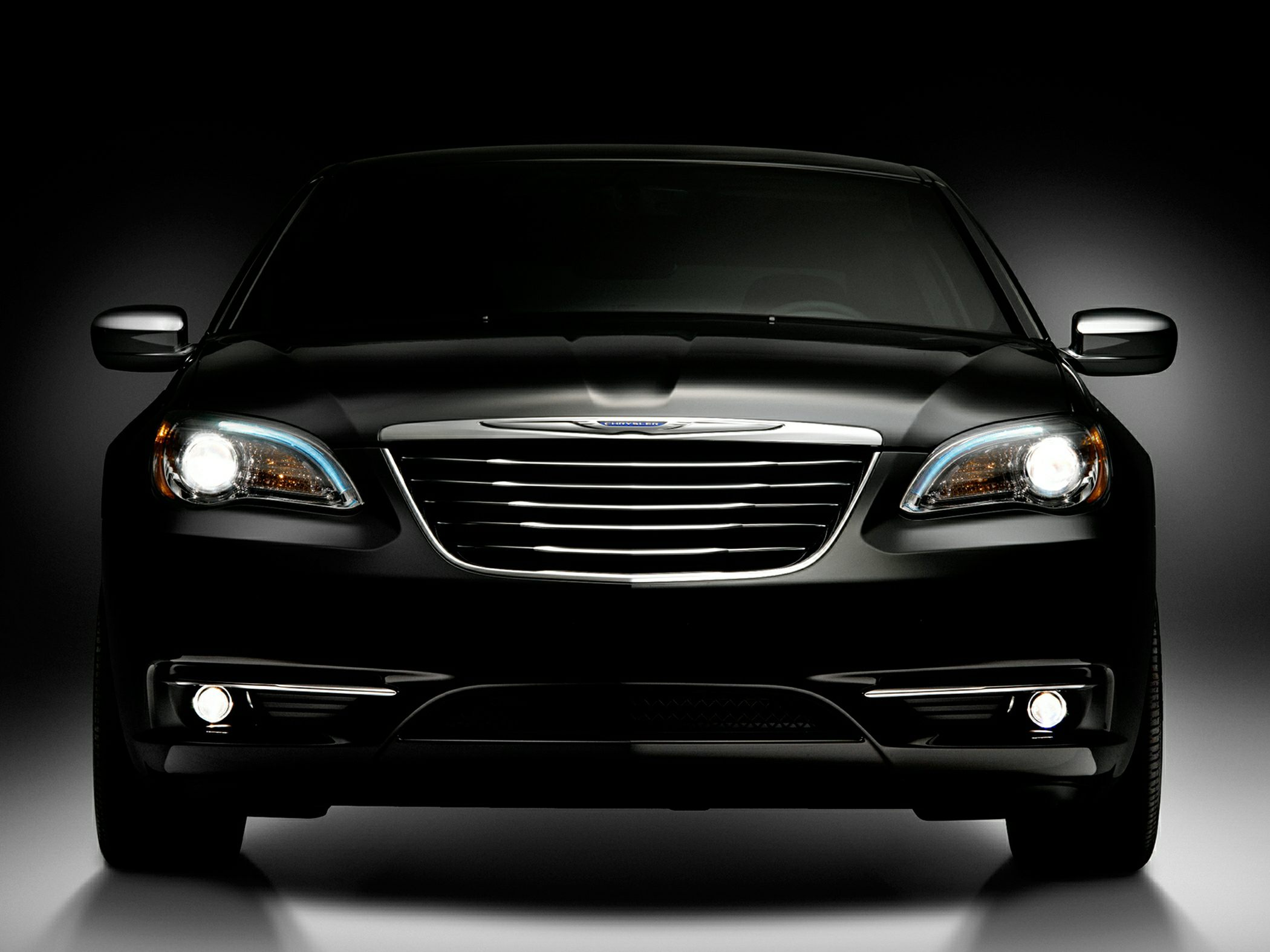 An epitome of style&comfort, or Let us introduce Chrysler 2014 300C! #1