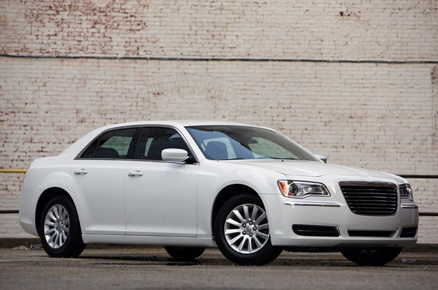 Chrysler 300 2011 #2