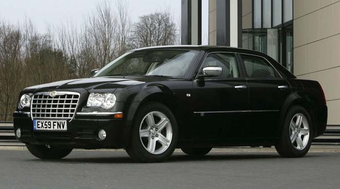 Chrysler 300 - Information and photos - MOTcar
