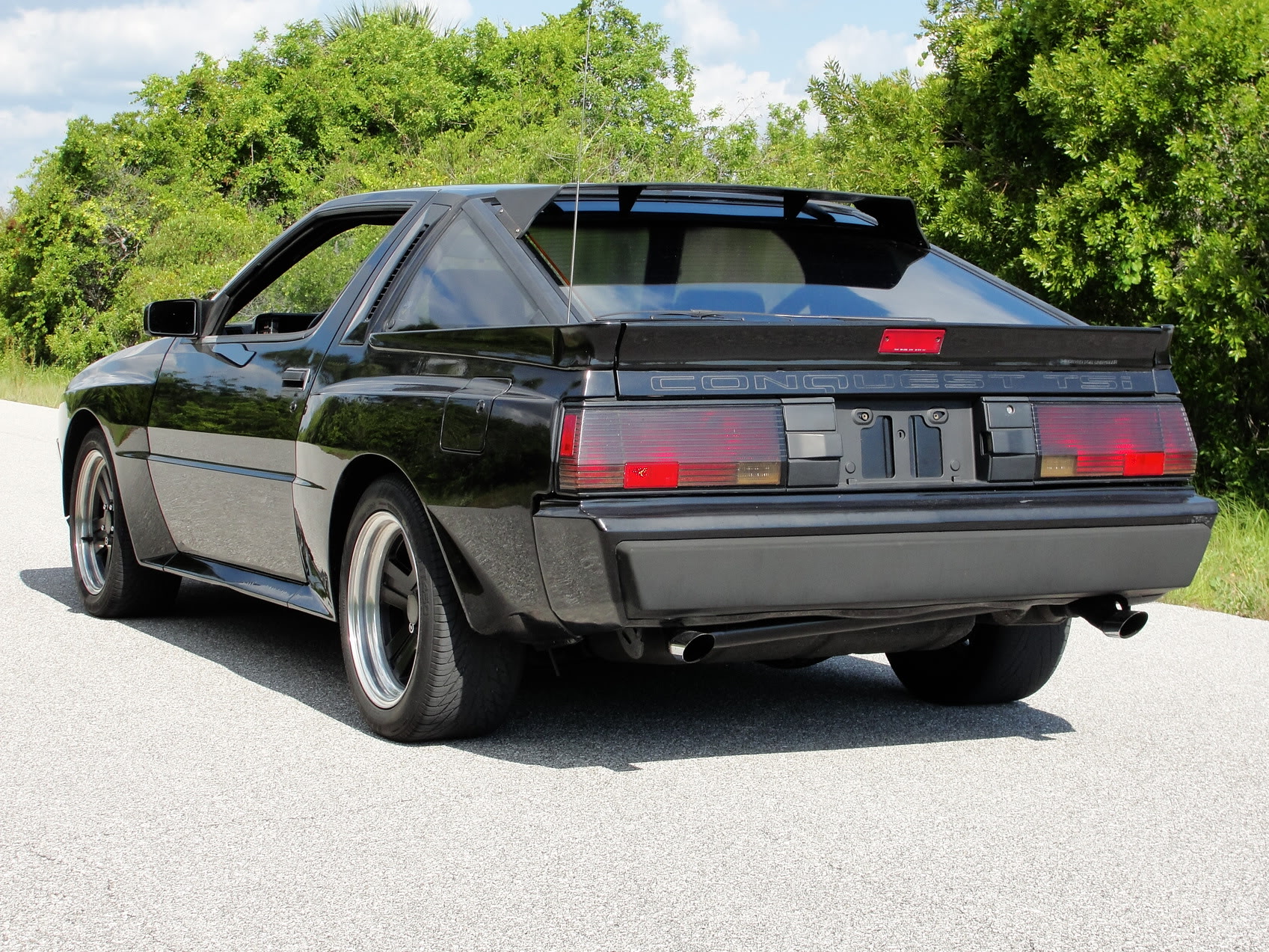Chrysler Conquest #7