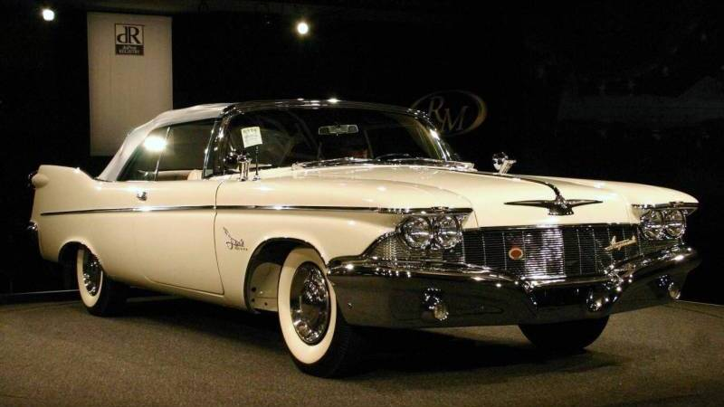 Crown Chrysler Dodge Jeep Ram >> 1960 Chrysler Crown Imperial - Information and photos ...