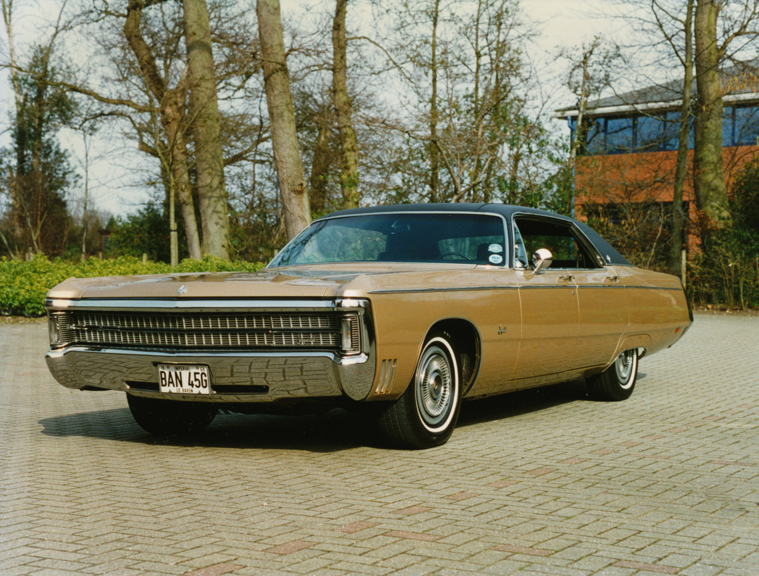 1969 Chrysler Crown Imperial Information And Photos