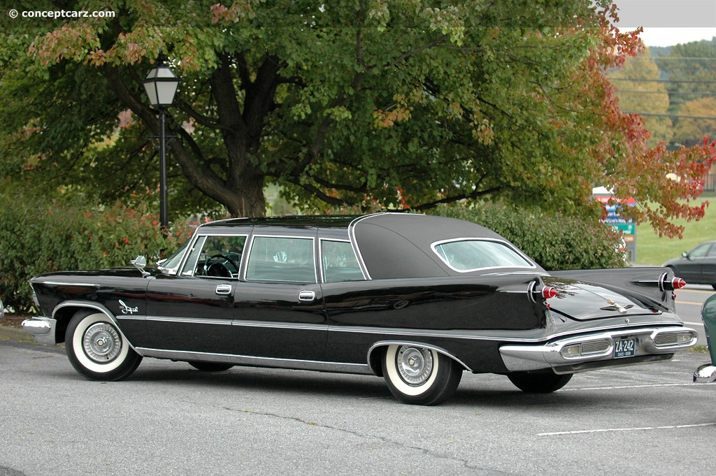 1970 Chrysler Crown Imperial - Information and photos ...