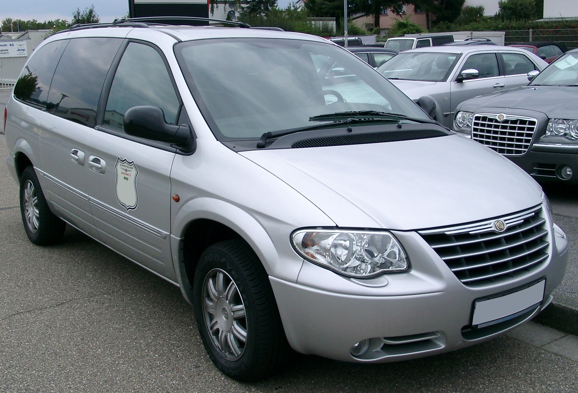 chrysler grand voyager information and photos momentcar. Black Bedroom Furniture Sets. Home Design Ideas