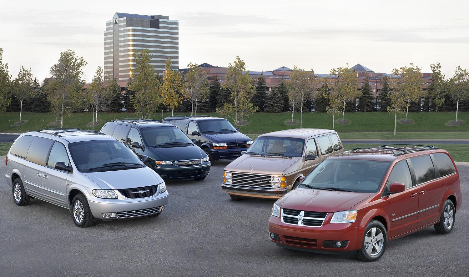chrysler town and country 1994 7
