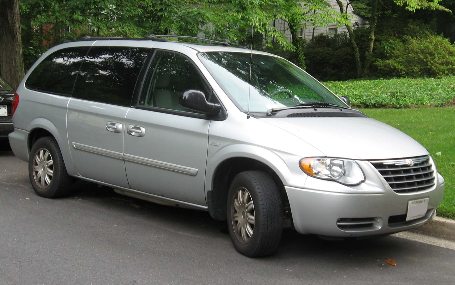 2001 Chrysler Town And Country Information And Photos
