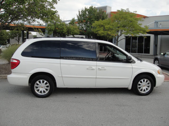 2002 chrysler town and country information and photos momentcar. Black Bedroom Furniture Sets. Home Design Ideas