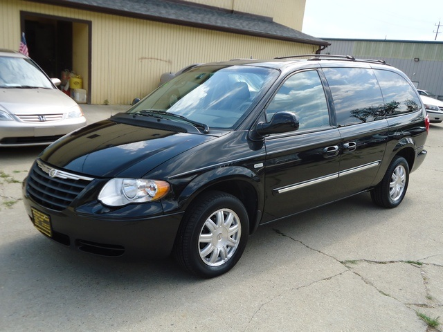 chrysler town and country 2006 chrysler town and country chrysler town. Cars Review. Best American Auto & Cars Review