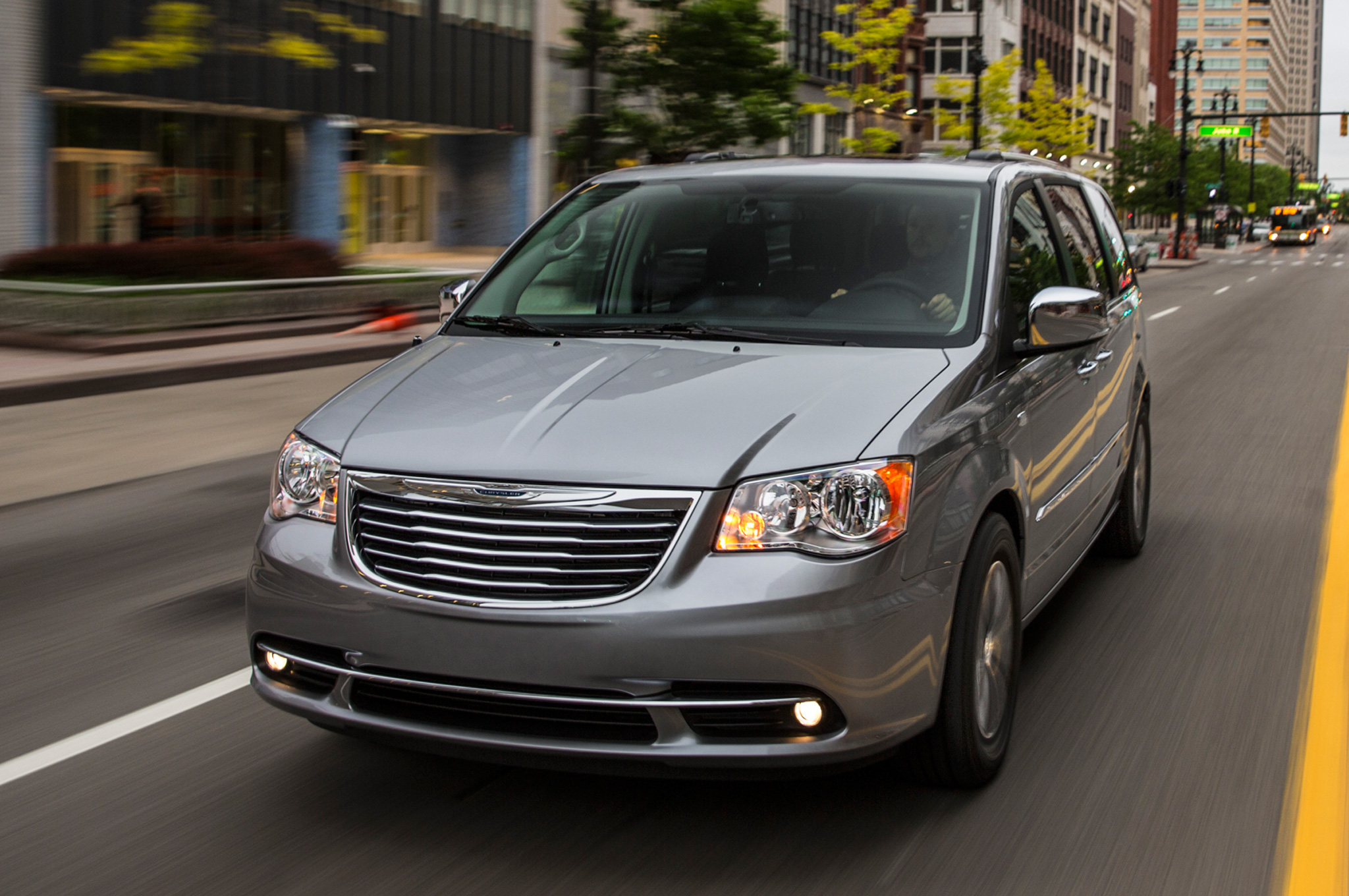 Chrysler Town and Country 2014 #7