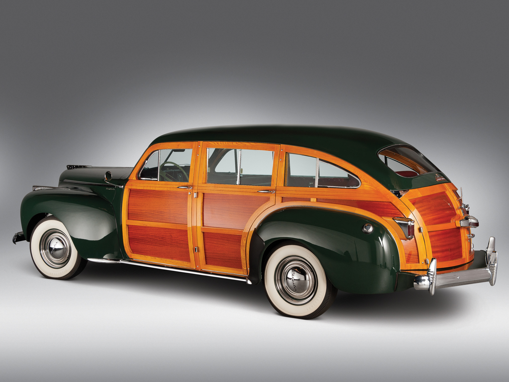 1941 Chrysler Town & Country - Information and photos ...