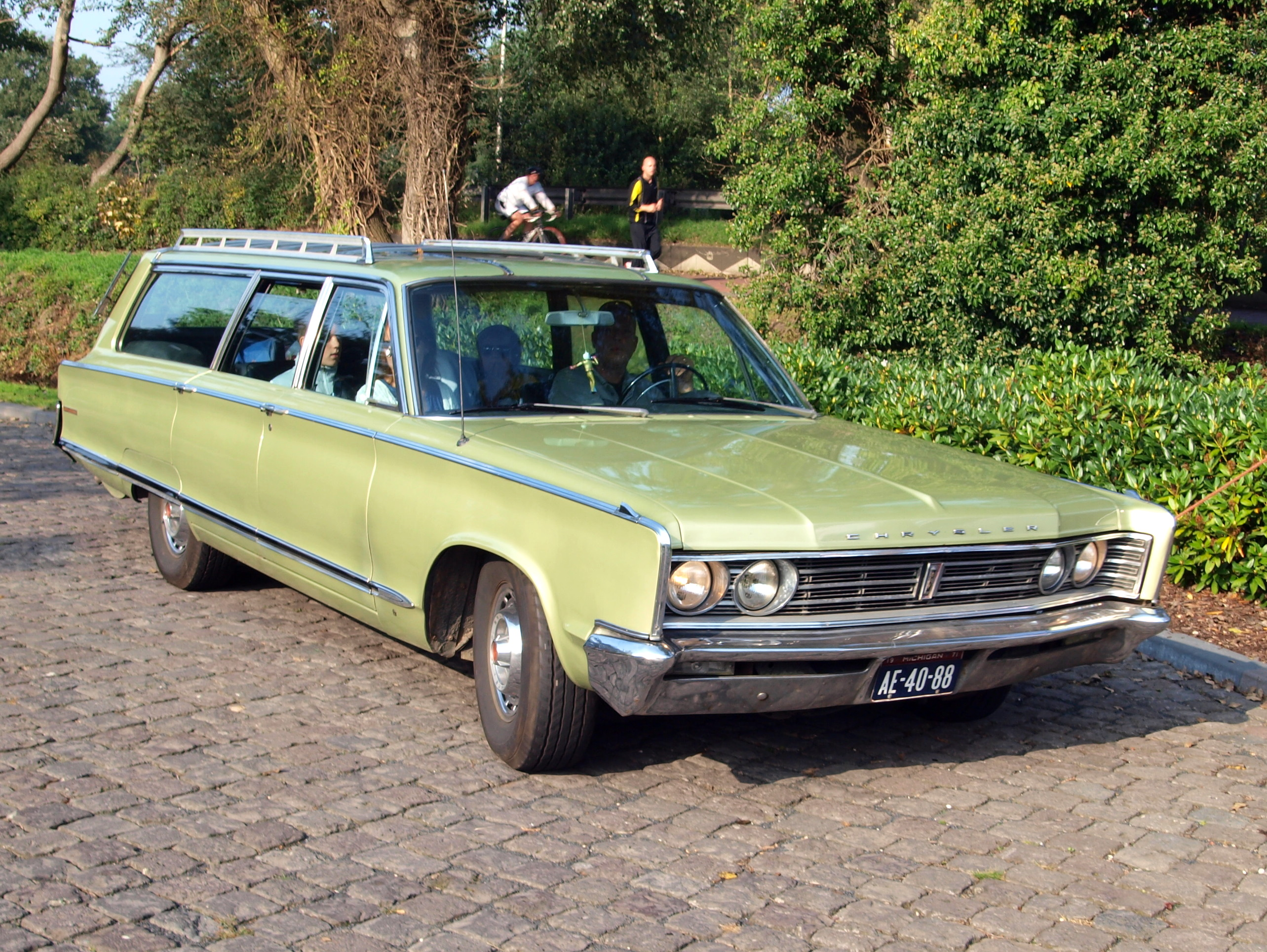 Town And Country Toyota >> 1966 Chrysler Town & Country - Information and photos ...