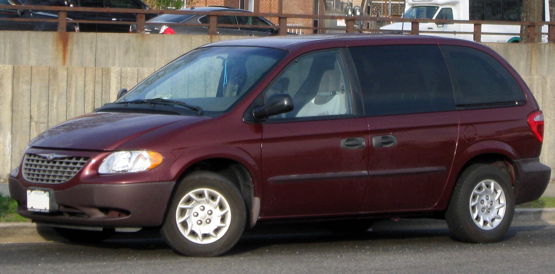 chrysler voyager information and photos momentcar. Black Bedroom Furniture Sets. Home Design Ideas